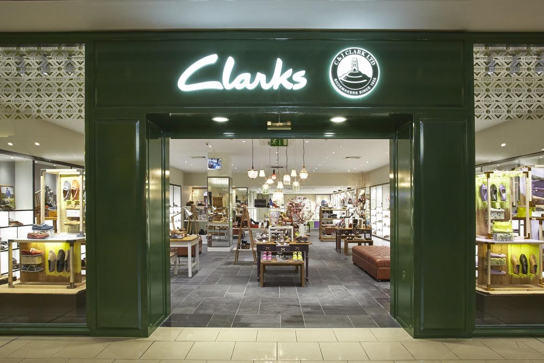 6Clarks_shop_front