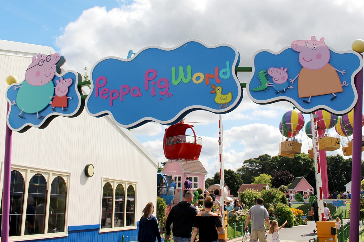 Peppa Pig World- w Paultons Park